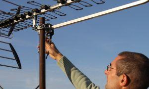 Доступно о том, как подключить цифровое ТВ в Москве от общей антенны